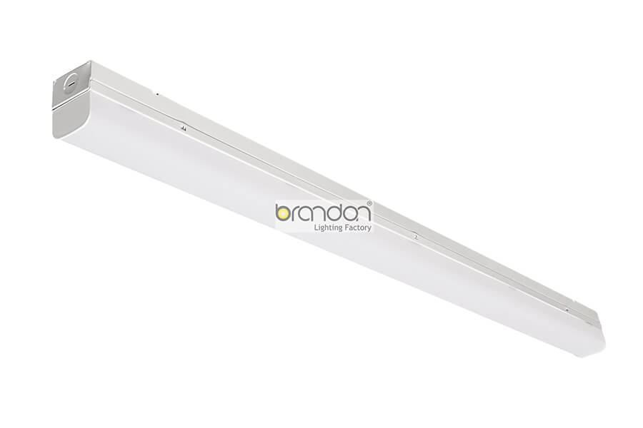 led strip light fixture with lens